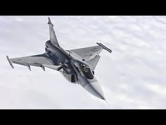 Have a good look at the Gripen: Swedish Gripens taxi, takeoff and land at the Red Flag Exercise in Nevada, plus a Czech Gripen refuels in-flight via a. Saab Jas 39 Gripen, Sukhoi, Pretty Cool, Fighter Jets, Aviation, Aircraft, Cool Stuff, Airplanes, Philippines