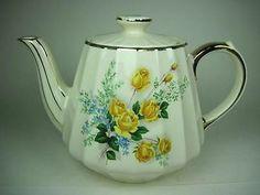 Vintage Sadler England Yellow Roses Blue Flowers w Gold Accents Teapot | eBay