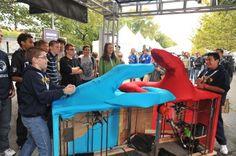 Maker Faire New York: Giant Mechanical ThumbWars