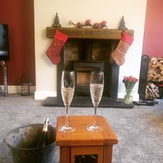 Red paper in alcoves and wood burning stove
