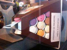 Macarons a emporter Boutique Christophe Roussel. Paris rue Tardieu Montmartre. Christophe Roussel, Paris Rue, Paradox, Sweet Life, Macarons, Cheese, French, Boutique, Breakfast