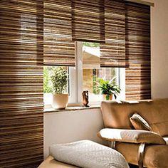 Moderne fenstergestaltung wohnzimmer  Dekorative Fenstergestaltung leicht gardinen rollos weiß ...