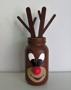 Hand-Painted Rudolph Themed Mason Jar Shelf-sitter, Quart-sized – Famous Last Words Rustic Christmas Crafts, Christmas Crafts For Kids To Make, Christmas Mason Jars, Holiday Crafts, Mason Jar Shelf, Pot Mason Diy, Mason Jar Crafts, Wine Glass Crafts, Wine Bottle Crafts
