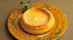 栗原 はるみ さんのクリームチーズを使った「チーズケーキ」。材料を順に混ぜていくだけ。失敗しないで誰でも上手につくれます。チーズのコクが濃厚なのに、後味は軽やか。おもてなしにぴったりのデザートです。 NHK「きょうの料理」で放送された料理レシピや献立が満載。