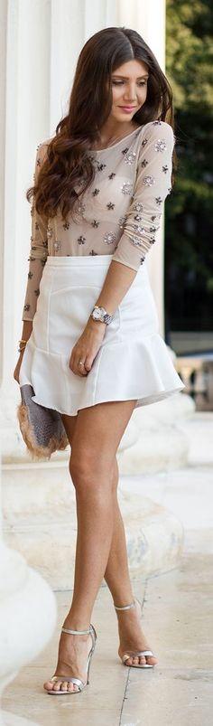 White Pointed Hem Ruffle Mini Skirt