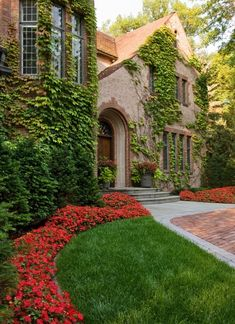 stone manor house covered in ivy <3<3<3