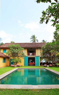 The Last House features six private bedrooms, 9 acres of tropical gardens, a swimming pool and direct beach access. #Indistay | Sri Lanka