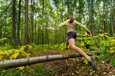 This video deals with the challenge of transitioning to longer distance trail runs without losing your top end one mile and two mile speed. Running Race, Running Tips, Running Training, Trail Running, Running Inspiration, Fitness Inspiration, Workout Inspiration, Running Photos, Ultra Trail