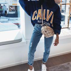5 Tips for Making Sustainable Fashion Choices - Herren- und Damenmode - Kleidung Denim Fashion, Look Fashion, Winter Fashion, Fashion Outfits, Womens Fashion, Vogue Fashion, Fashion Ideas, Fashion Trends, Budget Fashion