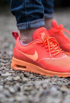 Nike Air Max Thea: Orange