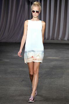 Christian Siriano - I love the shoes with the dress!