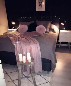 The Bedroom Ideas For Teen Girls Dream Rooms Teenagers Girly Cover Up 24 Dream Rooms, Dream Bedroom, Home Decor Bedroom, Teen Bedroom, Girl Bedrooms, Bedroom Lamps, Bedroom Lighting, Quirky Bedroom, Bedroom Black