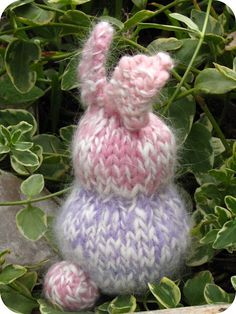 Knitted Easter Rabbit / Bunny Tutorial - Natural Suburbia