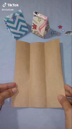Paper Folding Crafts, Cool Paper Crafts, Paper Crafts Origami, Diy Crafts For Gifts, Origami Paper, Diy Crafts Videos, Creative Crafts, Diy Paper, Oragami