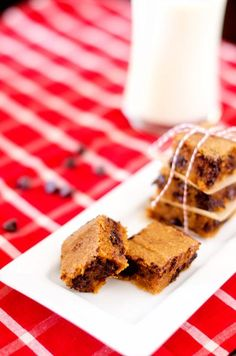Flourless chocolate chip quinoa brownies