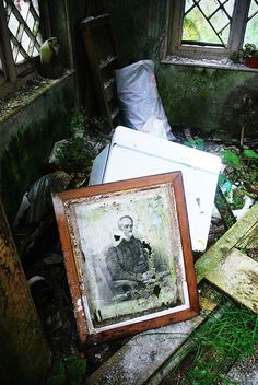 Found in a derilict house. Near Saint Gobnaits Well in the village of Baile Bhuirne (Ballyvourney)