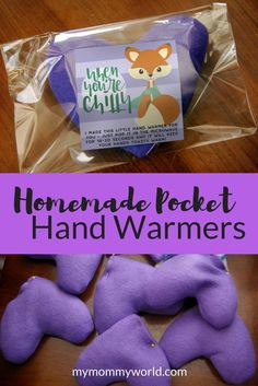 Sewing Gifts For Kids - These cute homemade pocket hand warmers are fun crafts to make with your kids, and they're reusable too, so they can keep your hands warm all winter long. Diy Gifts To Sell, Diy Gifts For Kids, Diy Holiday Gifts, Homemade Christmas Gifts, Crafts For Kids To Make, Christmas Gifts For Kids, Homemade Crafts, Craft Gifts, Fun Crafts