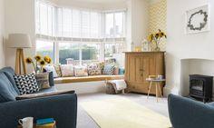 Culori vesele in amenajarea moderna a unui apartament de 3 camere- Inspiratie in amenajarea casei - www.povesteacasei.ro