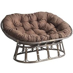 I NEED this chair in my dorm. dorm-stuff