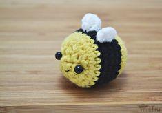 Kawaii Amigurumi Bumblebee - Free Crochet Pattern / Tutorial
