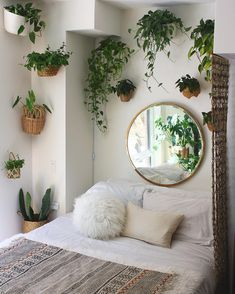 Update #3 on the jungle bed nook Thank you for all the love and reposts! I'm humbled that my crazy plant lady-ness can have actually have…