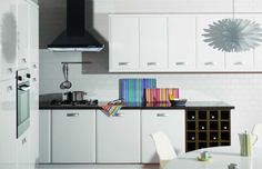 7 Clever Design Ideas for a Small Kitchen - Love Chic Living Kitchen Cost, Kitchen Units, Kitchen Cabinets, Modern Kitchen Design, Modern Kitchens, Kitchen Designs, Composite Door, Kitchen Gallery, Double Glazed Window