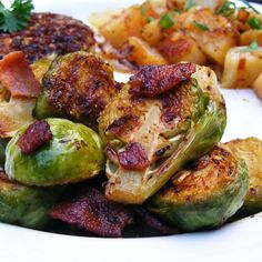 15 Dairy-Free Thanksgiving Sides Frozen Brussel Sprouts Recipe, Sprouts With Bacon, Bacon Recipes, Vegetable Recipes, Cooking Recipes, Healthy Recipes, Healthy Meals, Keto Recipes, Healthy Food
