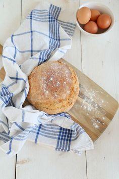 No knead bread recept in een pan. Een home made brood met knapperige korst.