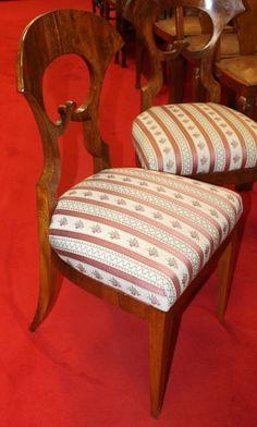 Chairs Biedermeier style, walnut, 1820 - 92 cm x 46 cm x 47 cm (h x w x d), www. Armchairs, Sofas, Antique Furniture, Dining Chairs, Antiques, Home Decor, Wing Chairs, Couches, Antiquities