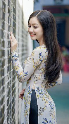 Summer Hats 2019 Ymsaid 2018 New Hot Fashion Spring Summer Female Classic Solid Color Casual Hat Women Uv Protection Beautiful Girl Image, Beautiful Asian Women, Beautiful Indian Actress, Ao Dai, Girl Fashion, Fashion Dresses, Fashion Spring, Cute Asian Girls