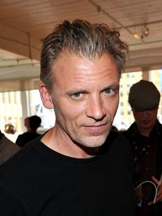 Say hello to Ray. Callum Keith Rennie has been cast in the role of Ana's stepfather. Callum Keith Rennie, Fifty Shades Trilogy, Fifty Shades Darker, Say Hello, Family Photos, Behind The Scenes, It Cast, Actors, Family Pictures