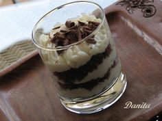 Mousee di crema di ricotta cioccolattosa