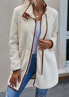 Outerwear Women, Outerwear Jackets, Womens Fall Boots, Clothing Store Interior, Mode Mantel, Coats For Women, Clothes For Women, Cheap Coats, Clothing Logo