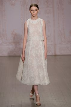 Pin for Later: Attention, Brides! The 7 Biggest Wedding Dress Trends For Fall 2015  Monique Lhuillier Fall 2015