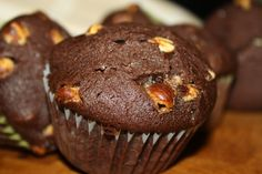 The Ultimate Chocolate Brownie Muffins. These are suppose to taste like Sweet Tomatoes chocolate brownie muffins. Must make for my allergic son to try. Brownie Muffin Recipe, Muffin Recipes, My Recipes, Baking Recipes, Baking Ideas, Brunch Recipes, Recipies, Favorite Recipes, Chocolate Muffins