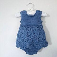 #blondekjolebody Mangler bare knappene! For et kunstverk av en oppskrift! Fra flinke @knittingforolive, hun har så mange fine mønstre! - #blondekjole #lacedressbody #lacedress #knittingforolive #babyknit #babystrikk #babykjole #babygirl #sandnesgarn #sandnesminialpakka #minialpakka #alpaca #knitting_inspiration #følgstrikkere Knitting For Kids, Baby Knitting, Baby Barn, Christening Gowns, Baby Cardigan, Crochet Patterns, Rompers, Children, Quilt