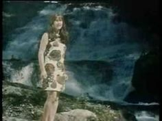 The Seekers 1967 - 'The Olive Tree' - Judith Durham Solo.