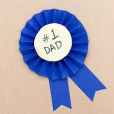 7 Easy-to-Make Gifts for Father's Day - Parenting Diy Crafts To Sell On Etsy, Crafts For Kids To Make, Crafts For Teens, Projects For Kids, Diy Crafts Step By Step, Diy Crafts Videos, Diy And Crafts, Teen Girl Gifts, Father's Day Diy