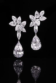Harry Winston - Diamond Drop Earrings