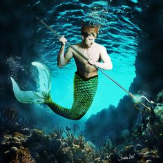 Making a mermaid in photoshop using photographs and 3D - PhotoshopCAFE