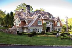 Architect Steven Mueller in Greenwich, CT. New England Home.