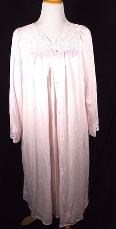 23cfb91191c VTG SHADOW LINE Size Med M Peignoir Night Gown Robe Set Pink All Nylon   ShadowLine