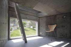 Skeleton House, Yokosuka, Kanagawa, 2012 - BE-FUN DESIGN #window #concrete #interiors #japan
