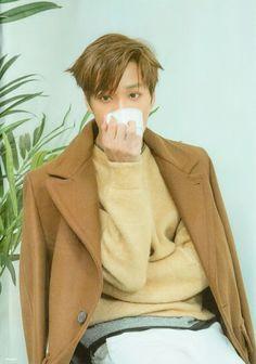 """[SCAN] #EXO #KAI - """" Universe"""" Album."""