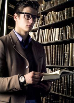 A smart, well-dressed, cute boy with glasses. Wish all guys dressed like this:)