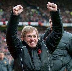Kenny Dalglish returns to the LFC dugout against Manchester United