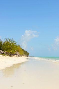 Dhow Inn, Paje, southeast Zanzibar. Boutique hotel a minute's walk from a white-sand beach. i-escape.com