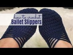 How gorgeous are these crocheted ballet slippers?! I hope you enjoy this new, free Ballet Slipper crochet pattern! These ballet slippers work up quickly so grab your hook and let's get started!