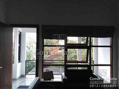 pilihan bahan gorden berkualitas import dan lokal Roman Shades Untuk Ruang Tamu Roman shades untuk klien di Bintaro dengan pembuatan custom di Gorden Jakarta. Roman shade dengan pilihan bahan semi …