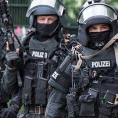 Frankfurt Police force during an anti-terrorism training exercise
